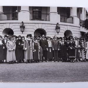 1924 Press Photo New York Kappa Beta Phi Convention Members @ White House NYC
